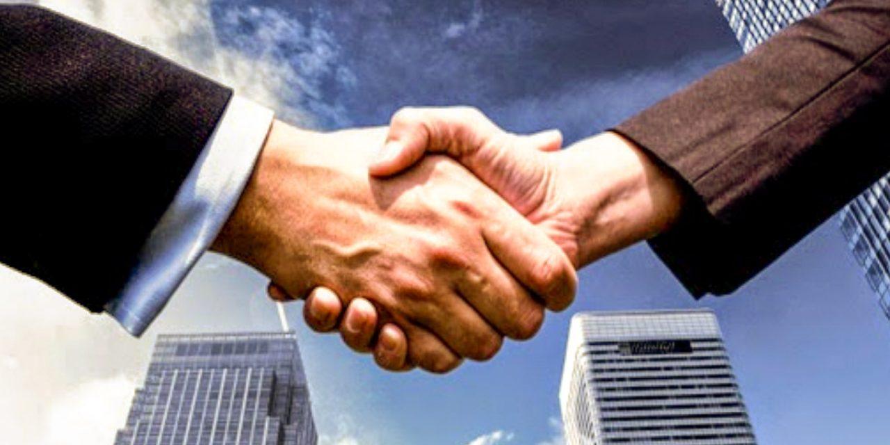 membangun hubungan industrial