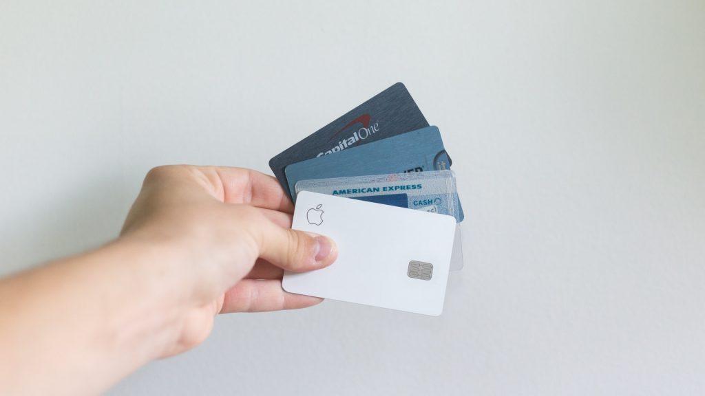 Kelebihan dan kekurangan corporate credit card