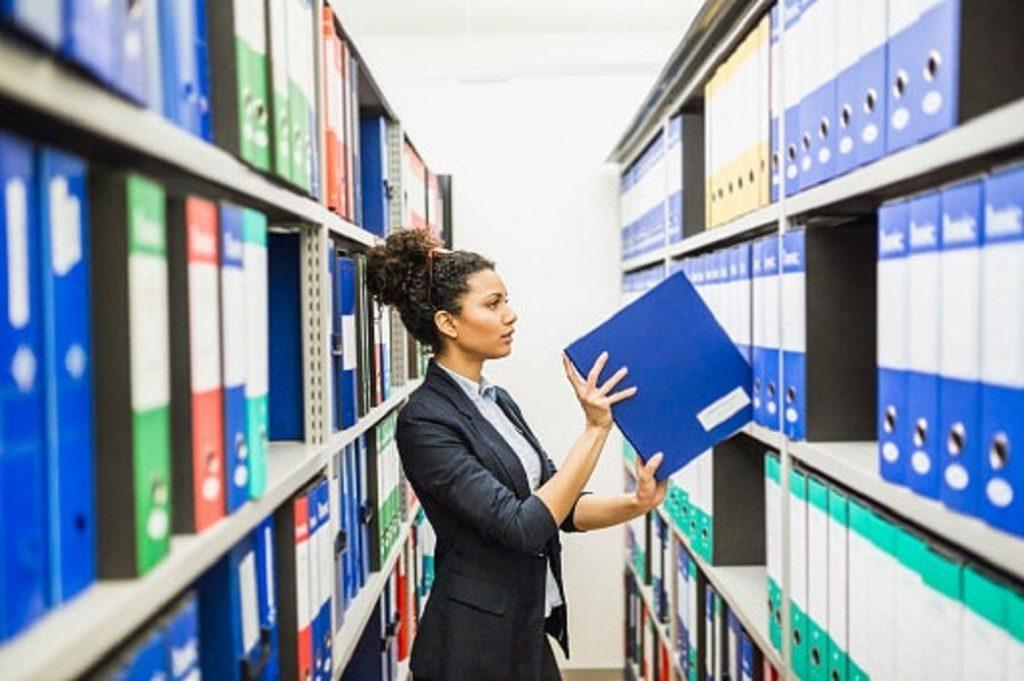SOP penyimpanan dokumen dan manfaatnya untuk Perusahaan