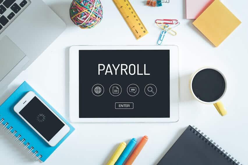manfaat software payroll bagi karywan