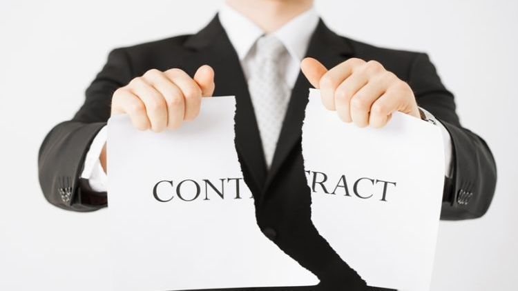 menolak tawaran kerja