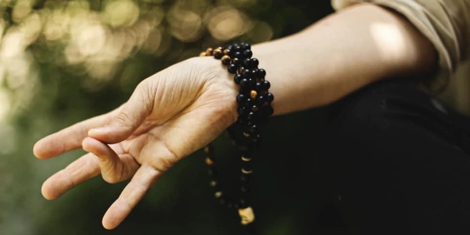meditasi mencegah presenteeism